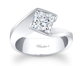 Barkevs White Gold Princess Cut Diamond Solitaire Engagement Ring, ForeverOne Moissanite, Avail with a Diamond or Moissanite Center, 7836L