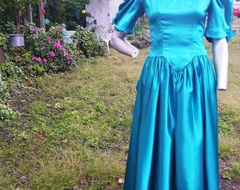 80s Prom Dress, Vintage Bridesmaid Dress, Evening Gown, Peplum, Green Dress, Green Prom Dress, Vintage Dress, 80s Dress, Jade Green Dress