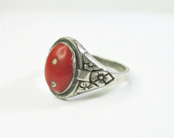 Small Vintage 1930s Art Deco Era Ring - 835 Silver - Reddish Orange Stone - Flowers - Size 6 - Selling As Is