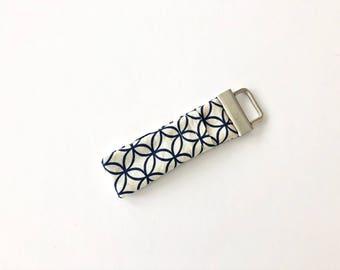 Chapstick Lip Balm Cozy Keychain-Navy Lattice