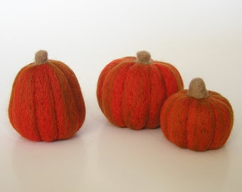 NEEDLE FELTING TUTORIAL / Learn to Needle Felt Pumpkins / Downloadable Pictorial and Instructions / beginner felting / learn to felt