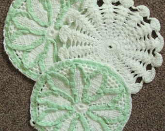 Set of Three Green and White Vintage Pot Holders 1940's