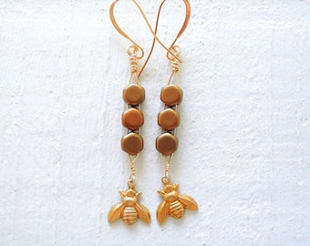 Gold Honeycomb and Bee Earrings Honeybee Dangles Queen Bee Earrings Gold Dangle Earrings Honeycomb Earrings Geometric Beehive Earrings