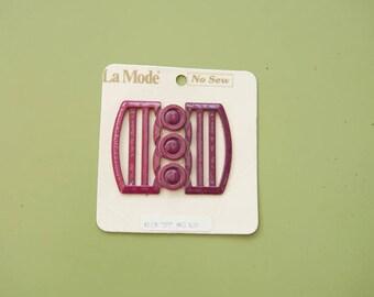 Vintage La Mode No Sew Belt Buckle Berry Color