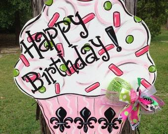 Happy Birthday, Cupcake, Door Hanger, Door Decor, Door Wreath, Celebration