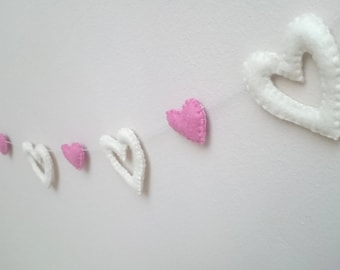 Felt heart garland - Christmas/home decor - Baby shower - Banner, party decorations - home improvement - wedding decor