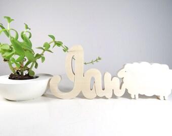 Prénom porte en bois naturel + animal //  Cadeau de naissance personnalisé // Eléphant - Baleine - Dauphin // décoration chambre enfant