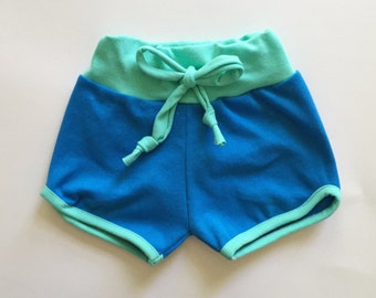 organic retro sporty shorts | blueberry-mint