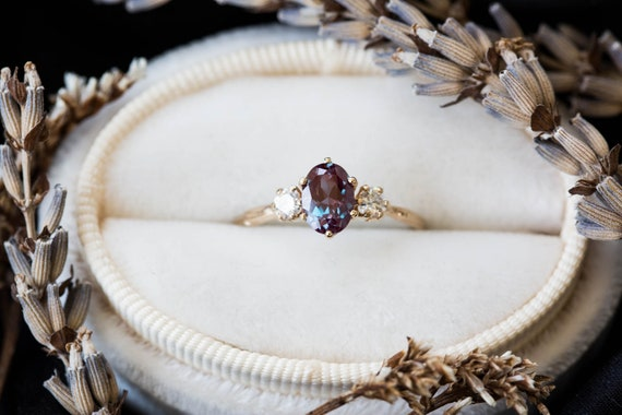 Oval Alexandrite 14k gold twig engagement ring, alexandrite engagement ring, Alternative engagement ring, vintage inspired engagement ring