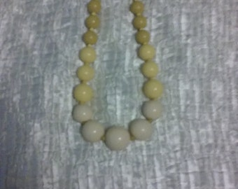 CLEARANCE was 28 now 15. 60s Authentic Monet Necklace