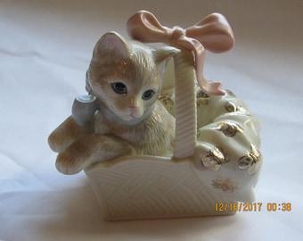 """Lenox """"Sweet Surprise""""  Kitten in a basket signed #0850"""