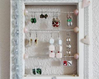 Romantic pastel wall jewelry holder