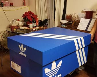 GIANT SHOE BOX (Adidas)