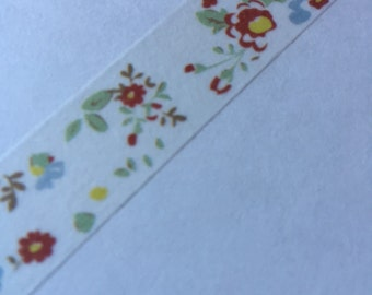 15m - Floral pattern in white, green and red - Washi Tape - Japanese Tape - Vintage pattern