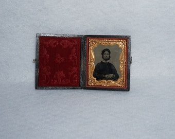 Antique Ninth Plate Daguerreotype of Lady with Hands Crossed in Case