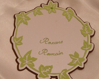 round invitation nature Ivy green and Brown
