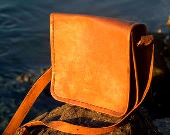 Leather iPad Shoulder Bag, leather bag, leather handbag, messenger bag, cross body bag, handmade bag