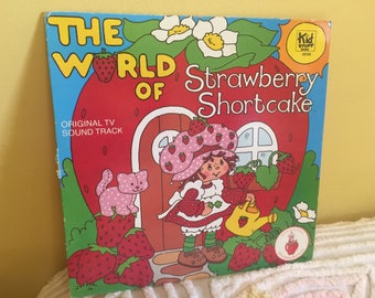 The World of Strawberry Shortcake Vinyl Record album GREAT CONDITION