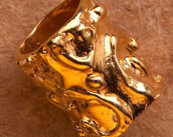 Gold Vermeil finding XL Swirl pattern Barrel Bead No. B13vm