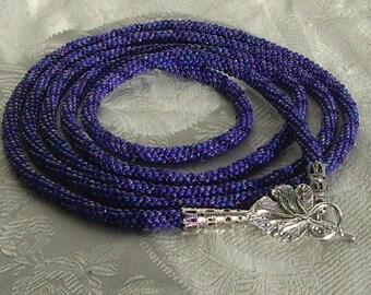 Leaf long blue necklace
