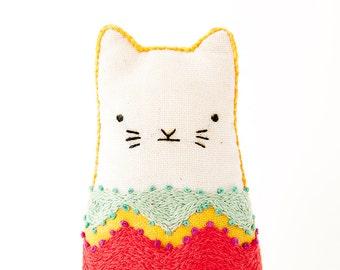 Fiesta Cat - Embroidery Kit