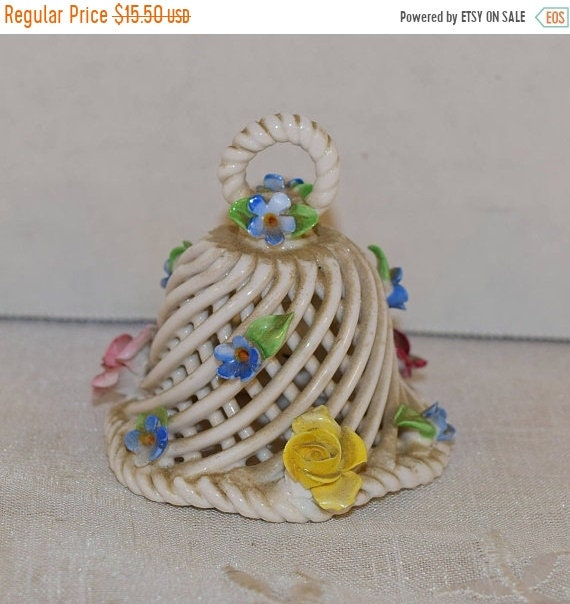 Delayed Shipping Lattice Porcelain Bell Vintage Sculpted Flowers Small Bell Ceramic Basket Weave Bell Capodimonte Style Vanity Dresser Decor