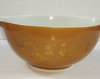 Pyrex Early American Brown/Gold Leaf Mixing Bowl