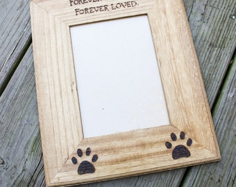 Pet picture frame - personalized pet frame -Custom Pet memorial photo frame - photo frame for dogs - pet remembrance photo frame