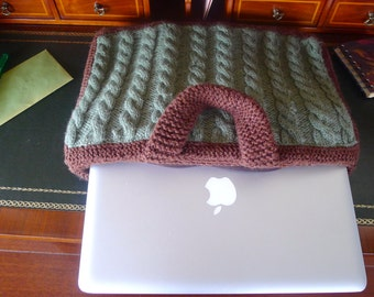 Knitted laptop case. McWritePro sleeve. Cable knit cozy.  Hand made laptop cover. Green and brown laptop sleeve. Laptop accesories. KEENbyAM