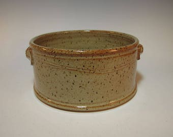 Casserole Baker Serving Baking Dish Large Speckled Tan with Textured Handles