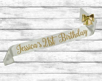 21st Birthday Sash, 21st Birthday, Custom Birthday Sash, 21 Birthday Sash, Best Friend Birthday, Birthday Sash 21, Finally 21 Sash
