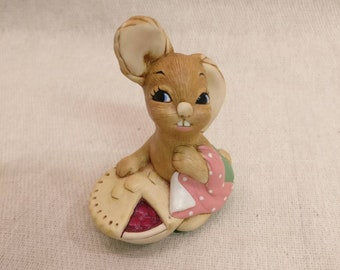 Pendelfin Rabbit Pieface Figurine, hand painted stonecraft.