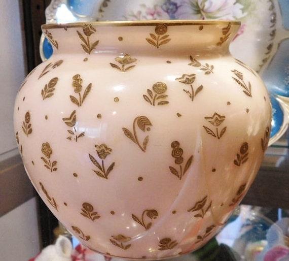 Cambridge / Crown Tuscan / Chintz / Vase / Art Deco / Signed Tuscan Signature #3400 / 102 Cambridge Glass Vase
