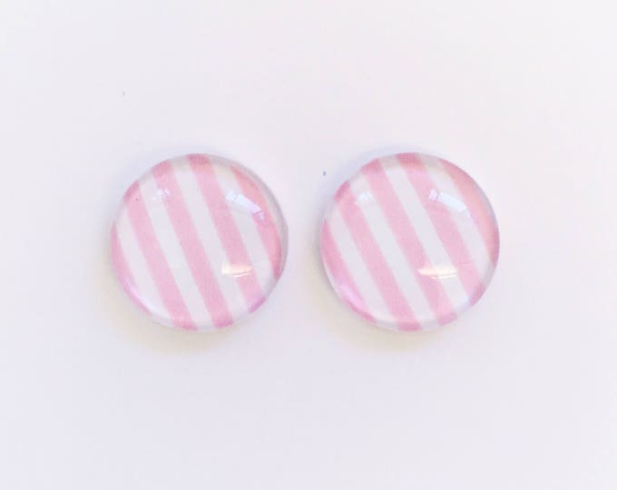 The 'Pretty In Pink' Glass Earring Studs