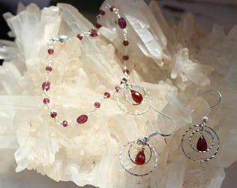 set: bracelet and earrings stamped energizing Garnet 925 sterling silver