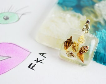 Sea Shell Resin Necklace Pendant