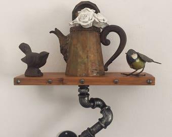 Vintage Industrial style shelf/shelf in hydraulic pipes.