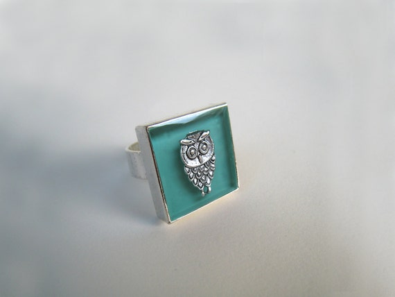 Owl ring, mint green ring, green resin ring, jade glass ring, square ring, animal jewelry, ancient greek, boho chic jewelry, graduation gift