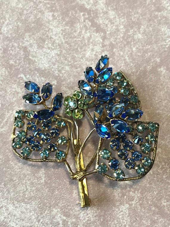 Early Unsigned Schreiner Fabulous Floral Brooch