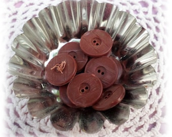 9 BROWN Vintage Buttons 3/4 Inch