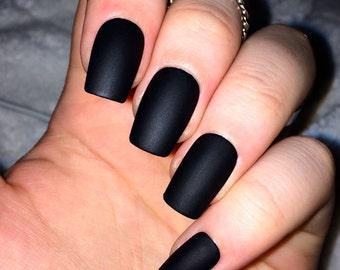Fake nails, matte nails, black matte, false nails