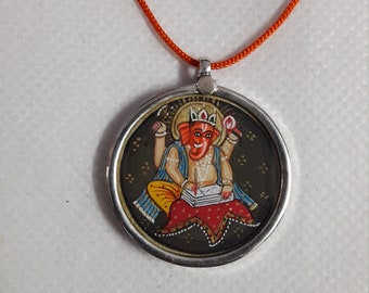 Handmade 92.5 Sterling Silver Glass Framed Indian Miniature Art Hindu Deity Beautiful  God Ganesha Pendant Necklace Size 3.2 Cm.