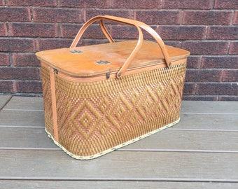 Vintage picnic basket, Wov-n-Wood by Jerywil, Basket