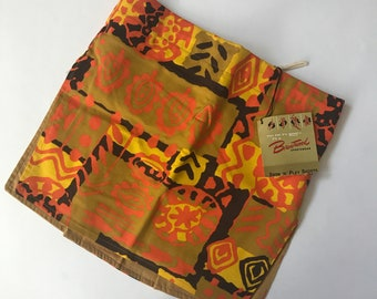 Vibrant Deadstock NWT Men's Swim Suit Sarong Skirt in Orange Tribal Jungle Tiki Pattern by Warriors by Brentwood Sportswear | XS Small