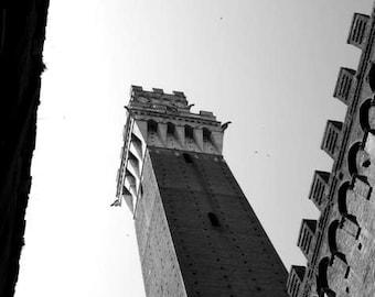 VENTE : Photographie noir et blanche (Italie Toscane Voyage photo impression campanile tour de l'horloge architecture historique maison décor mural)