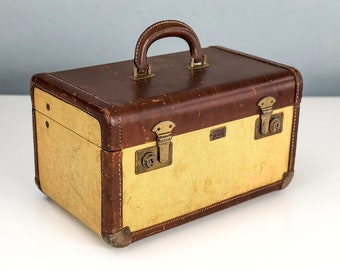 Vintage Tweed Train Case, Small Suitcase, Makeup Case, Cosmetic Case, Vintage Suitcase, Movie Prop, Leather Suitcase