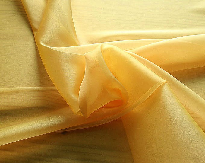 232062-organdy Cangiante Natural Silk 100%, 135 cm wide, made in Italy, dry cleaning, weight 55 gr, price 1 meter: 55.24 Euros