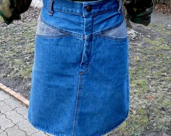 Vintage high waisted two tone aline denim jean skirt