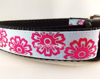 Dog Collar, Shocking Flowers, adjustable, 1 inch, small, 11-14 inches, heavy nylon, quick release buckle