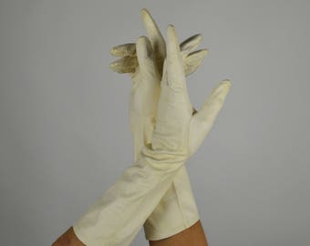 White Leather Gloves, Kid Leather Gloves, White Gloves, Formal Gloves, Evening Gloves, Costume Gloves, Leather Women's Gloves